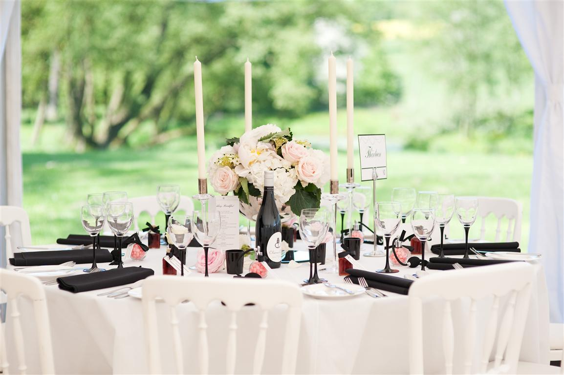 Wedding Tablescape of Black & White and Coral