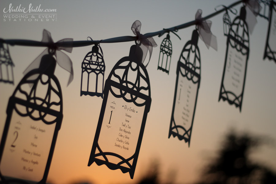 Cut-out lantern hanging table plan