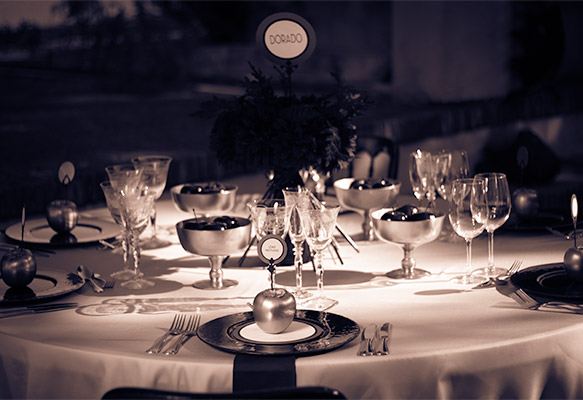Bespoke Vintage Party & Event Tablescape
