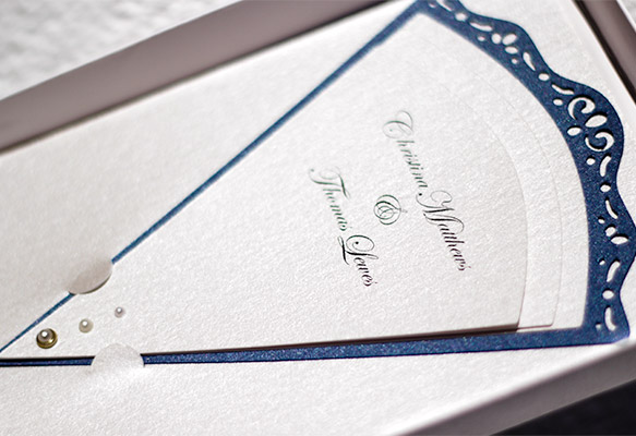 Unique fan-shaped wedding invitation in box