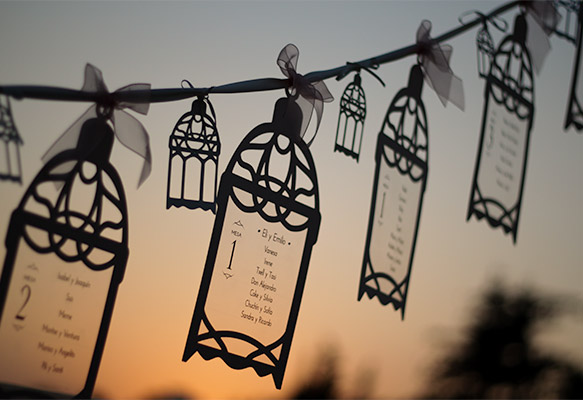 Hanging Lanterns Wedding Table Plan