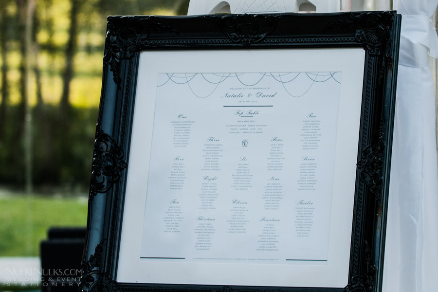Black and White Elegant Wedding Table Plan