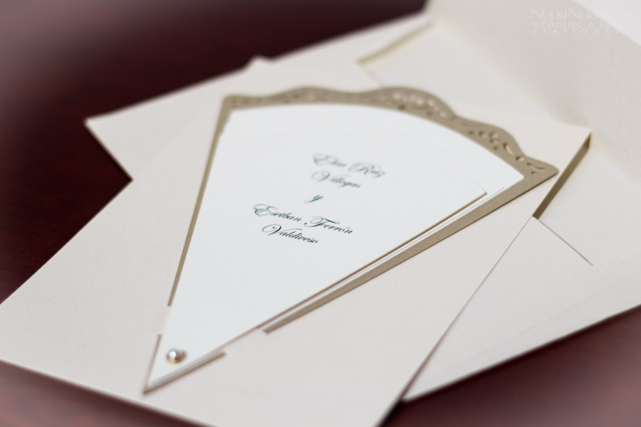 Fan-shaped Wedding Invitation with Envelope